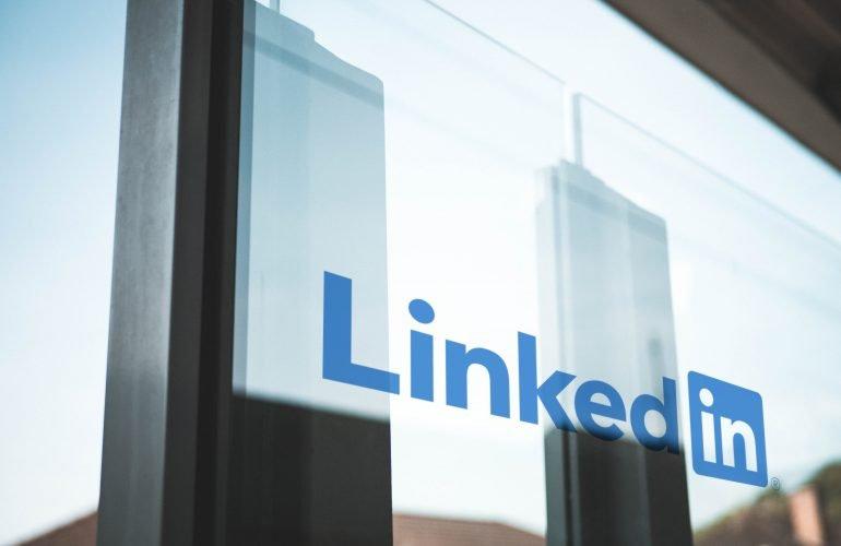 10 tips voor het aanmaken of het verbeteren van het perfecte LinkedIn-profiel